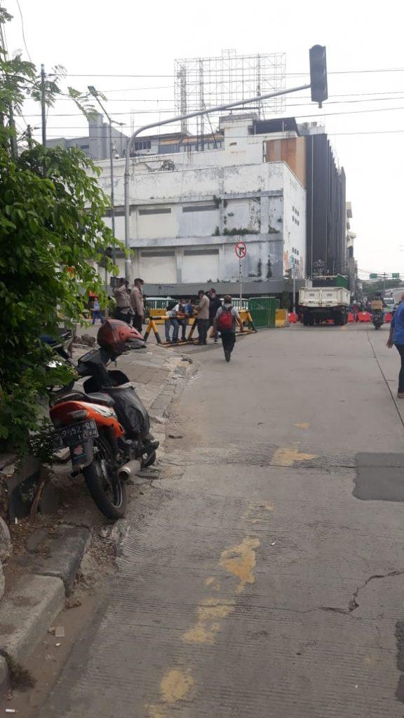 Foto:Operasi Yustisi didaerah Kelurahan Pondok Karya bersama Tim Gabungan